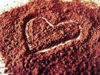 chocolate powder heart