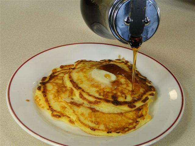 6 syrup pancakes small